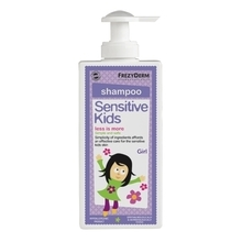 Product thumb sensitive kids shampoo girl